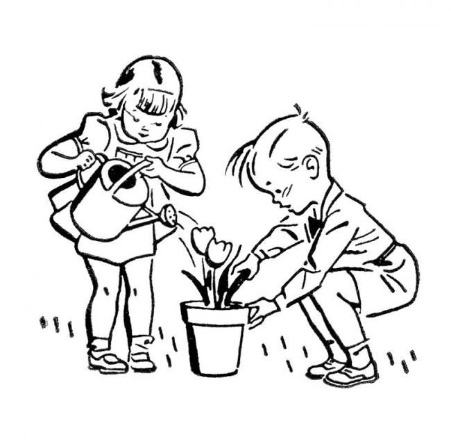 hai ban nho dang cham soc cho chau hoa tulip