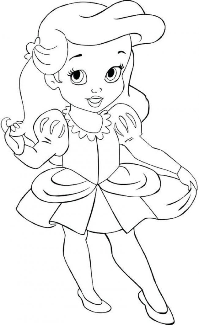 hình ảnh công chúa nhỏ diện váy xòe