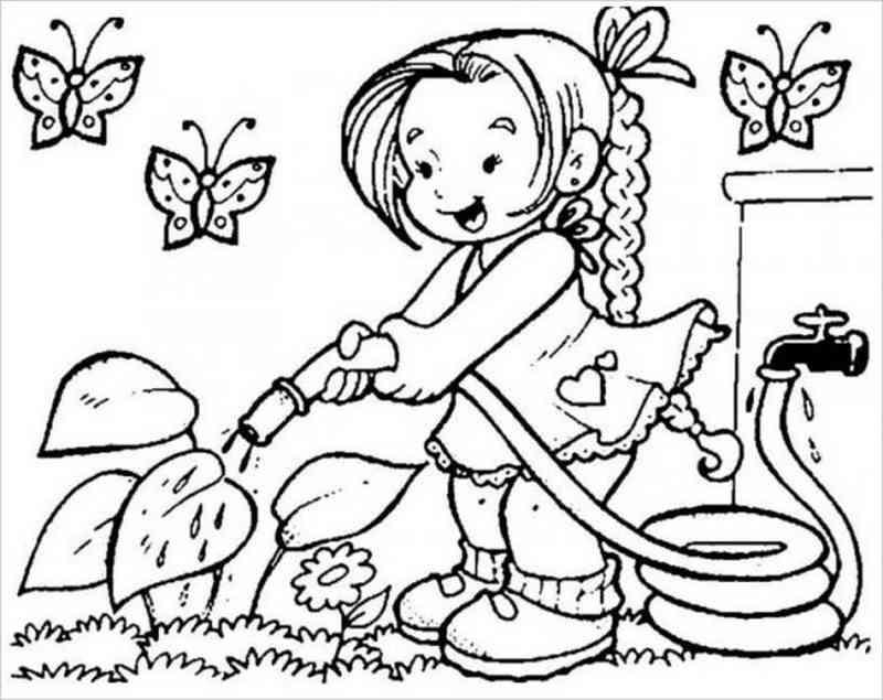 bé gái tưới nước cho cây
