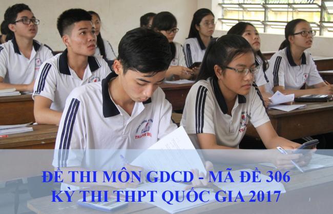 học sinh làm bài thi THPT quốc gia môn GDCD năm 2017
