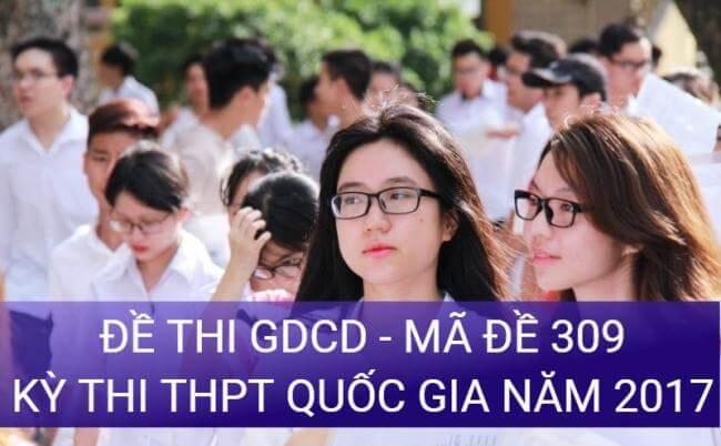 học sinh làm bài thi môn GDCD kỳ thi THPT quốc gia năm 2017