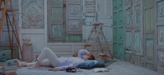 hình ảnh trong MV 6