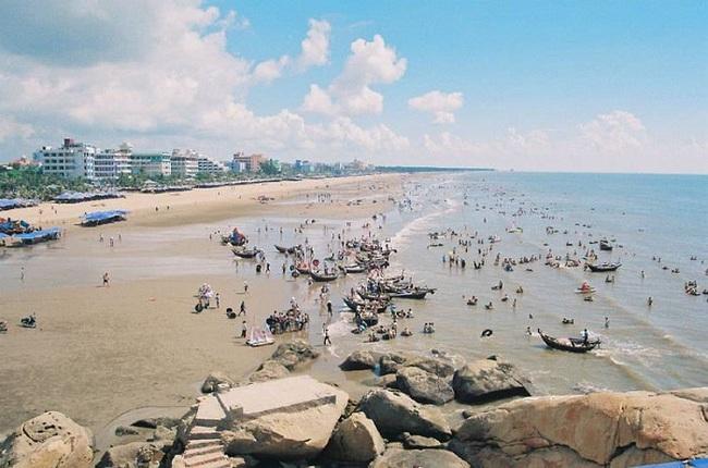 Giới thiệu một danh lam thắng cảnh ở quê em - bãi biển Sầm Sơn