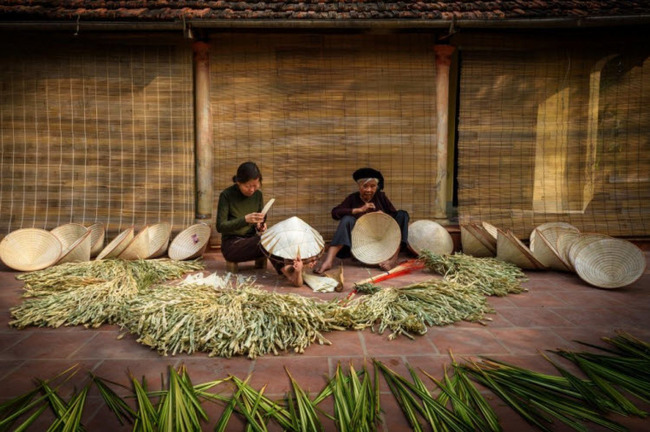 Thuyết minh về chiếc nón lá Việt Nam: làng nghề truyền thống